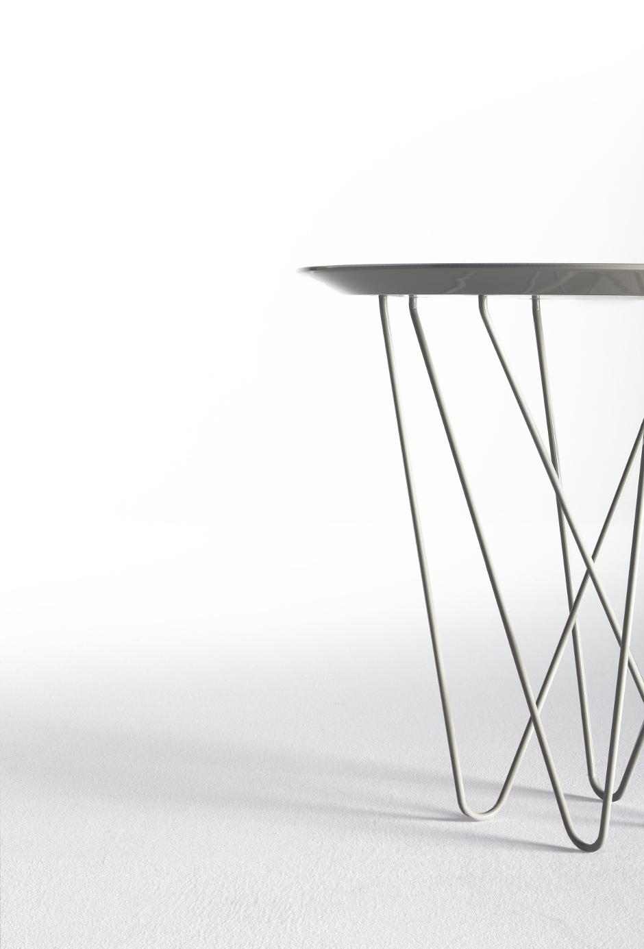Coleccion de mesa de centro y auxiliares side table yohsi diseño discoh design para kendo mobiliario