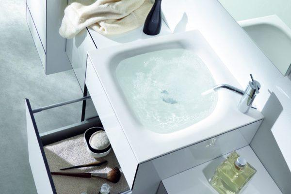 Mobiliario de baño modular OLA diseñada en laminado HPL arpa por discoh design para Sistema Midi