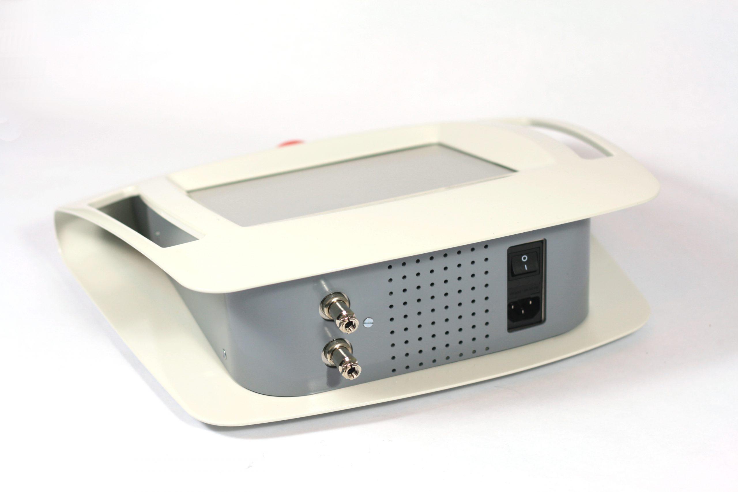 Diseño desarrollo tecnico prototipo de carcasa de equipo electronico de estetica medico discoh design