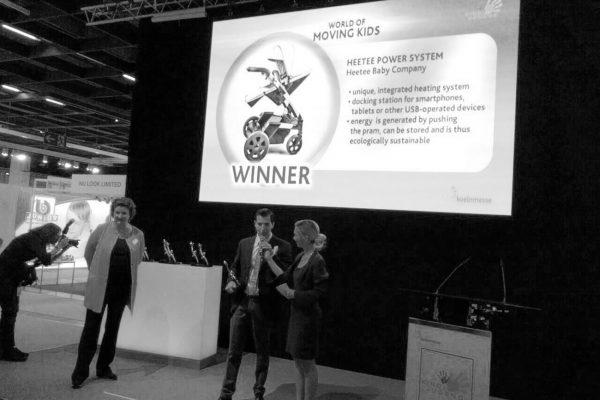 Heetee Baby Company galardonado con el Innovation Awards en la categoría World of Moving Kids, dentro de la prestigiosa feria de puericultura Kind+Jugend de Colonia, Alemania.