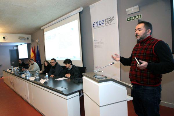 Carmelo Puyo Irisarri en Confencia Empresa Navarra Diseño END2 Tudela universidad publica navarra
